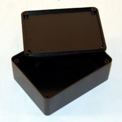 CONTENITORE PLASTICO 102 x 77 x 41 mm con alloggiamenti per schede elettroniche